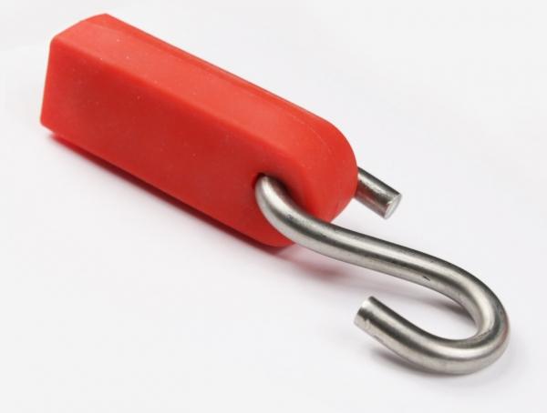 S-образный крюк в  силиконовом  кожухе