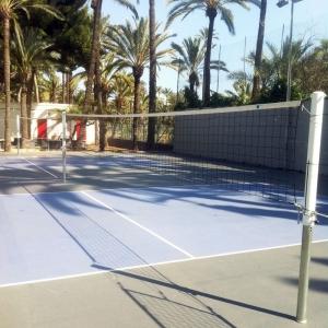 Сетка волейбольная  EL LEON DE ORO , арт.14443020002, черн., 9.5х1м, нить 4мм ПП, стал. трос, черный
