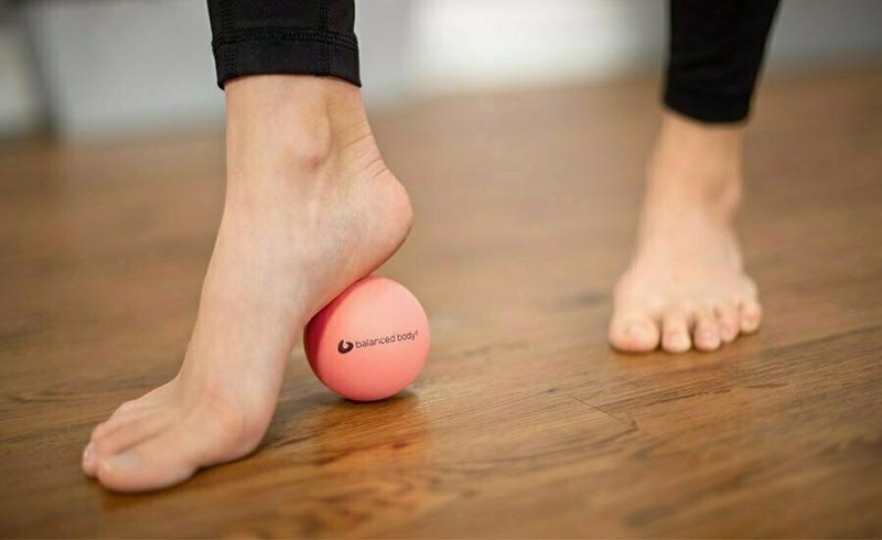 Массажный мяч BALANCED BODY Pinky Ball